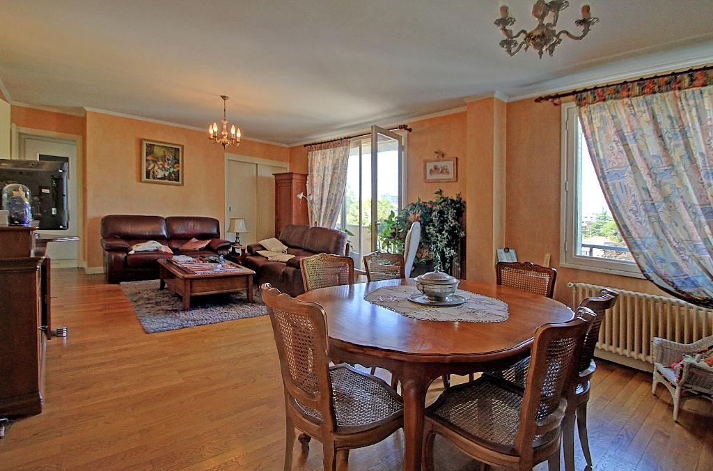 appartement-a-villeurbanne-small-0