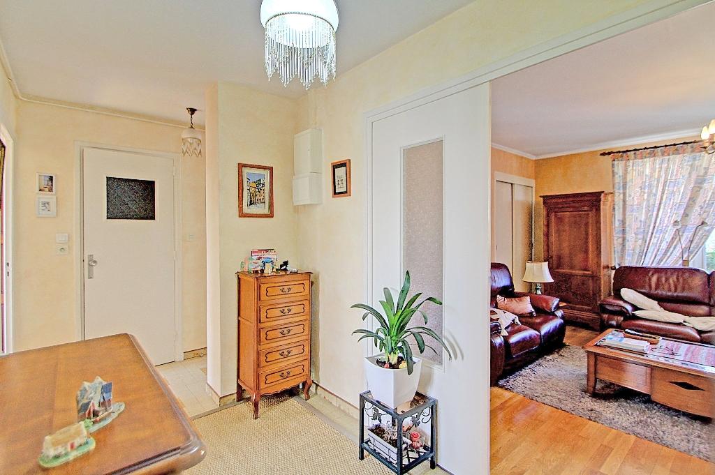appartement-a-villeurbanne-small-1