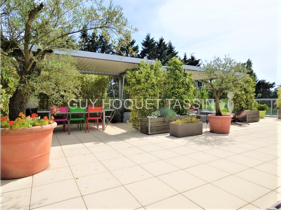 appartement-tassin-la-demi-lune-5-pieces-de-158-m2-small-1
