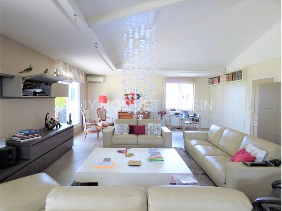 appartement-tassin-la-demi-lune-5-pieces-de-158-m2-small-2