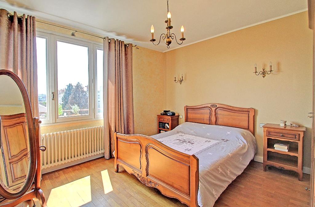 appartement-a-villeurbanne-small-2