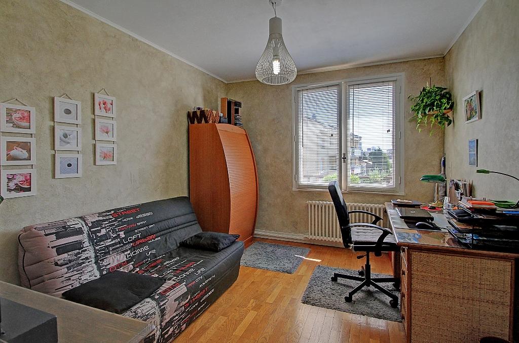 appartement-a-villeurbanne-small-3
