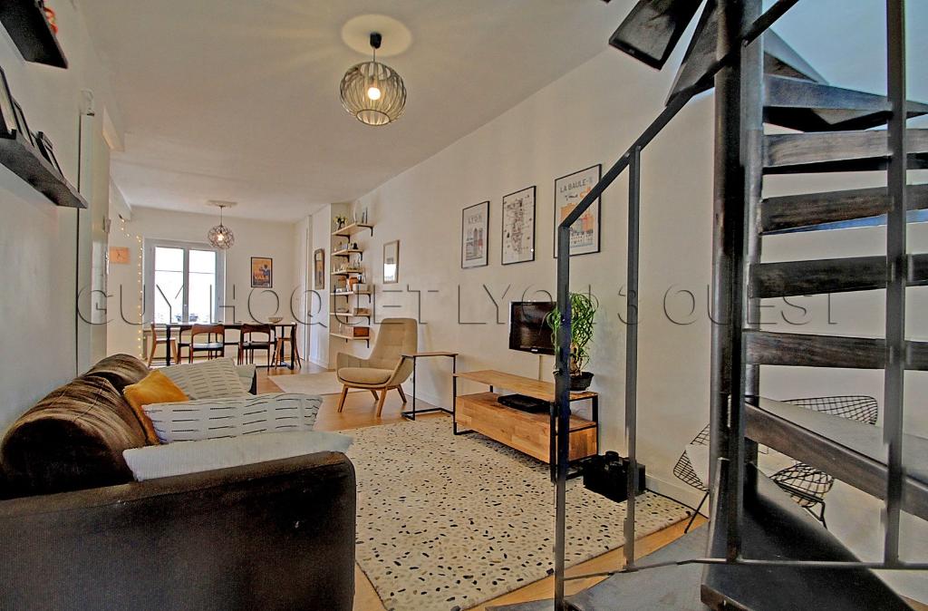 secteur-prefecture-saxe-t5-bis-appartement-duplex-137-m2-dernier-etage-small-2
