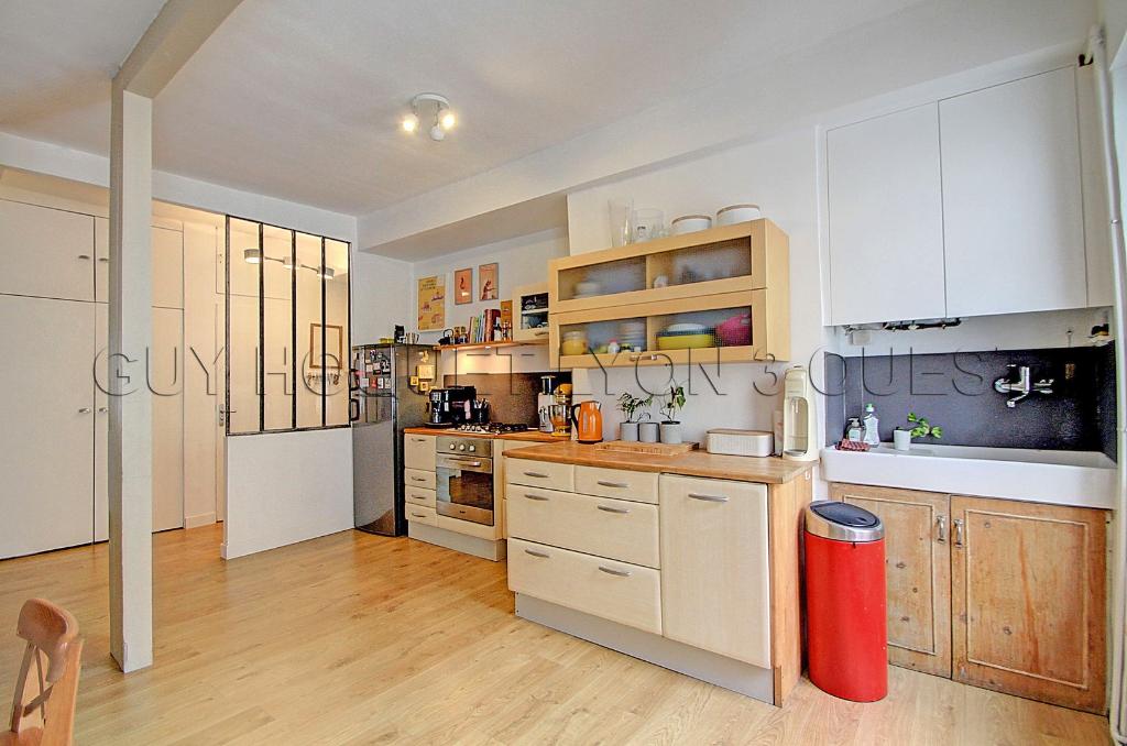 secteur-prefecture-saxe-t5-bis-appartement-duplex-137-m2-dernier-etage-small-3