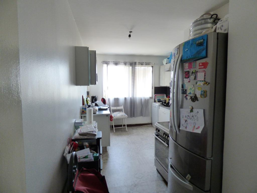 appartement-a-venissieux-small-4